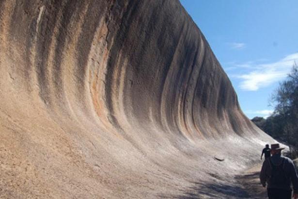 La ola roca