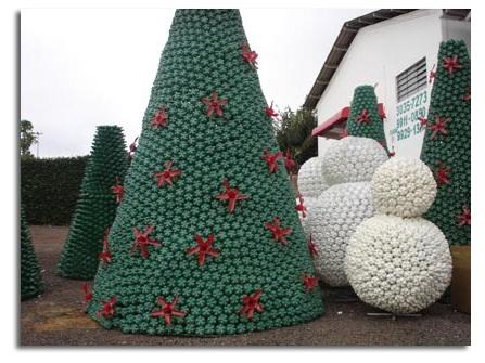 Rbol de navidad reciclado y econ mico ecolisima - Arboles de navidad artesanales ...