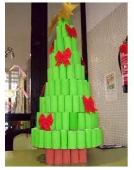 Rbol de navidad reciclado y econ mico ecolisima for Como hacer un arbol de navidad original